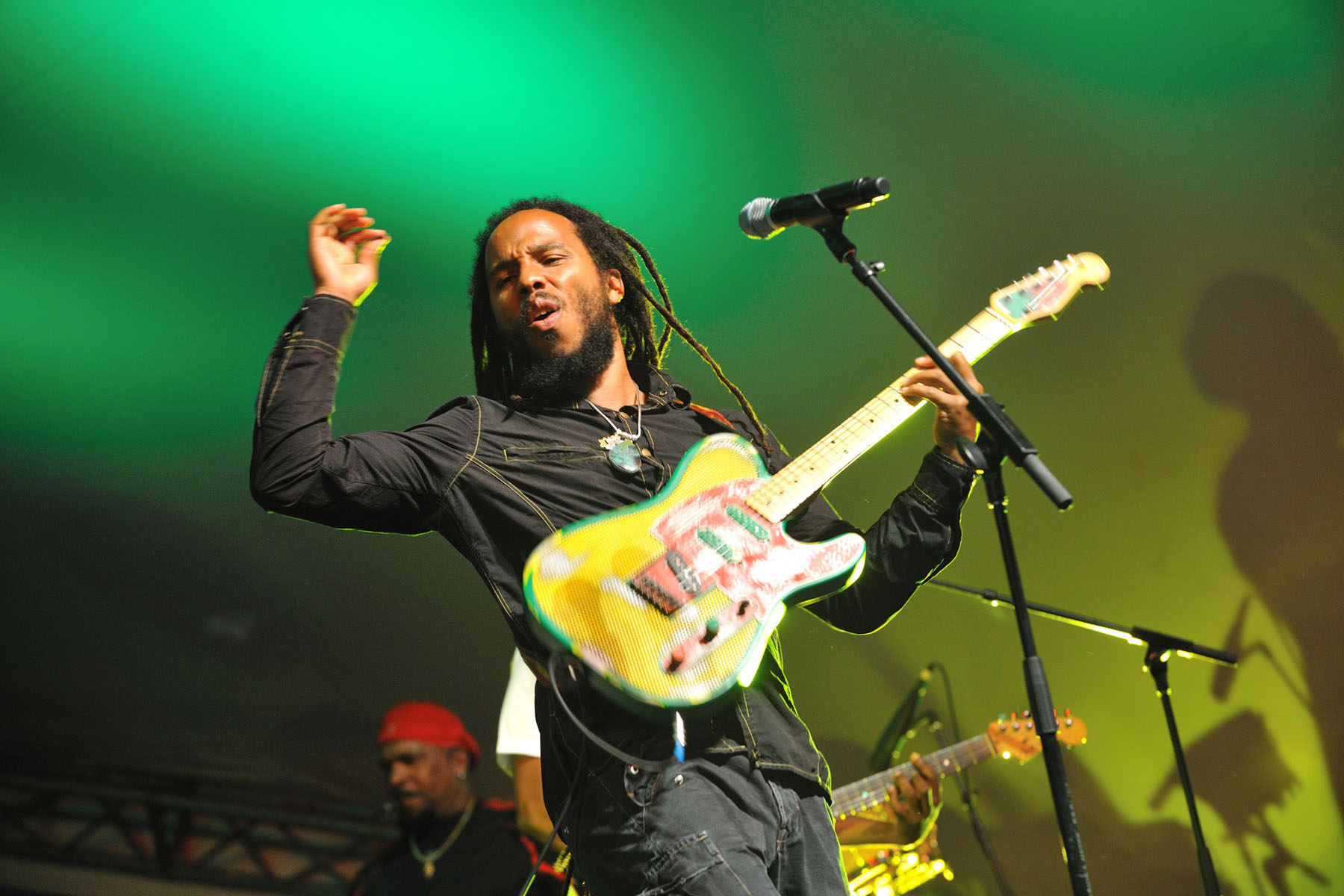 "Avolites Tiger Touch II Lets Ziggy Marley Tour Be ""Wild And Free"""