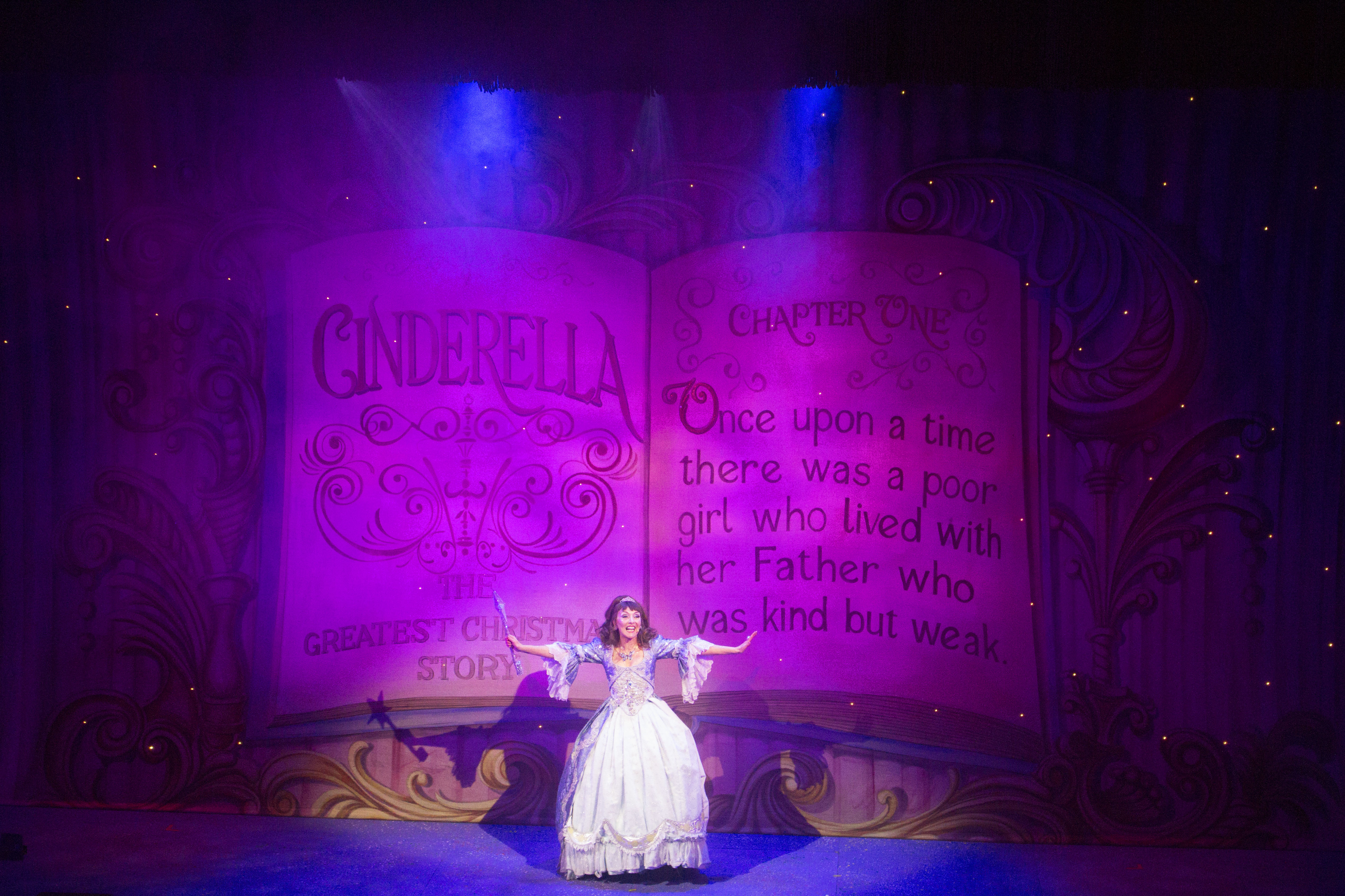 Avolites gives the magic Tiger Touch to Cinderella this Christmas