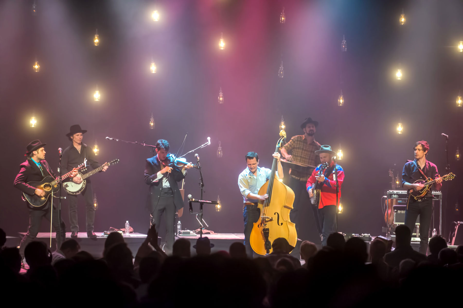 Avolites Supplies Perfect Prescription For The Old Crow Medicine Show