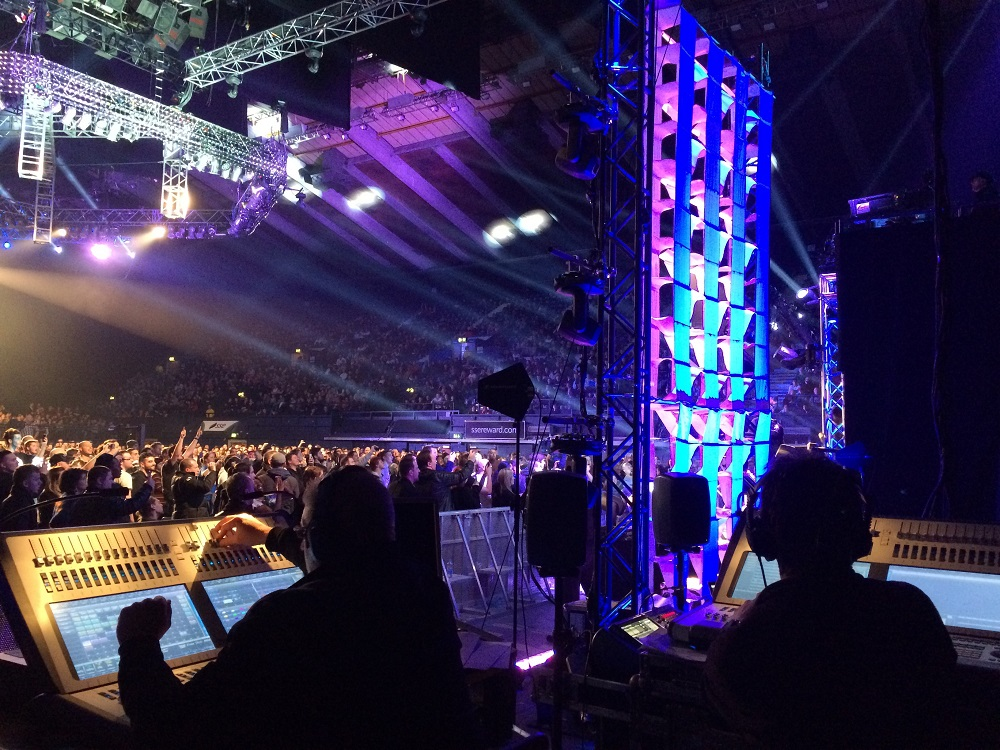 Avolites Sapphire Touch and ART2000 dimmers used for 'Maximum Impact' on TNA UK Tour