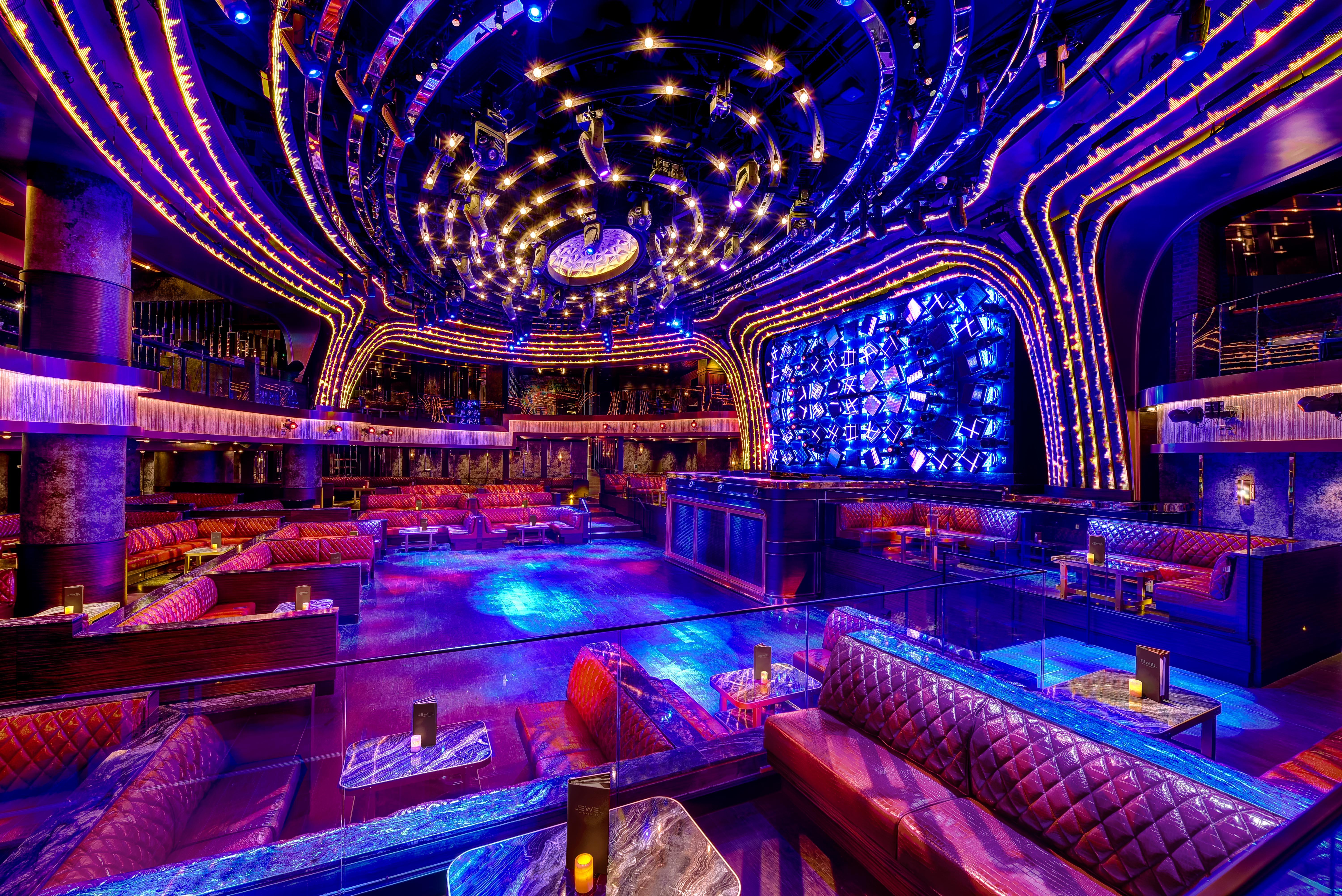 Las vegas usa the latest addition to the hakkasan group jewel nightclub inside aria resort casino has raised the las vegas entertainment bar once