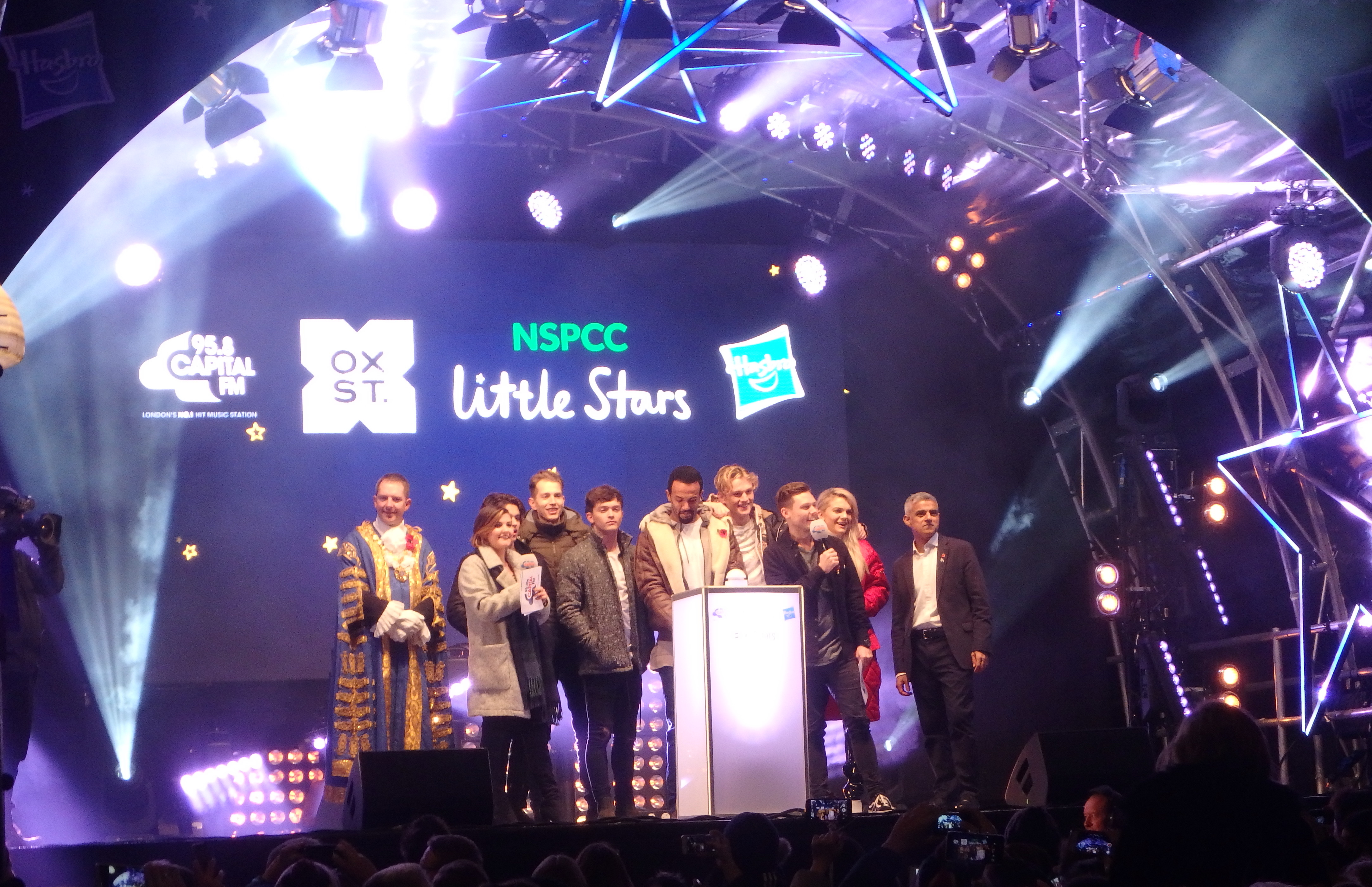 Avolites gets festive on Oxford Street for NSPCC Little Stars